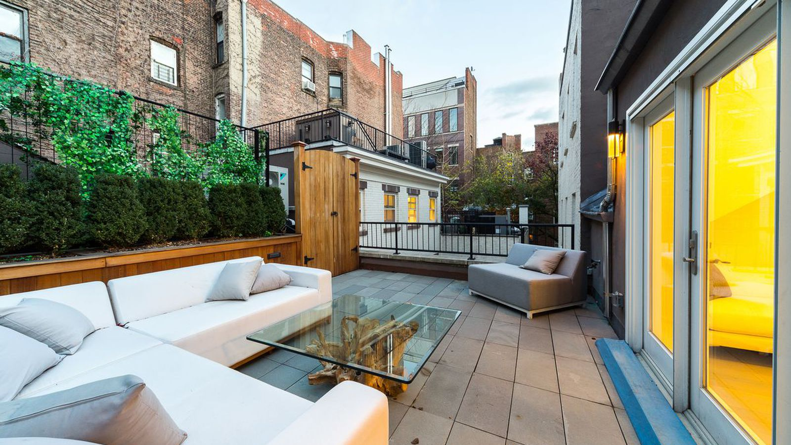 How to create an outdoor oasis in a small nyc apartment curbed ny - How to create a small outdoor oasis ...