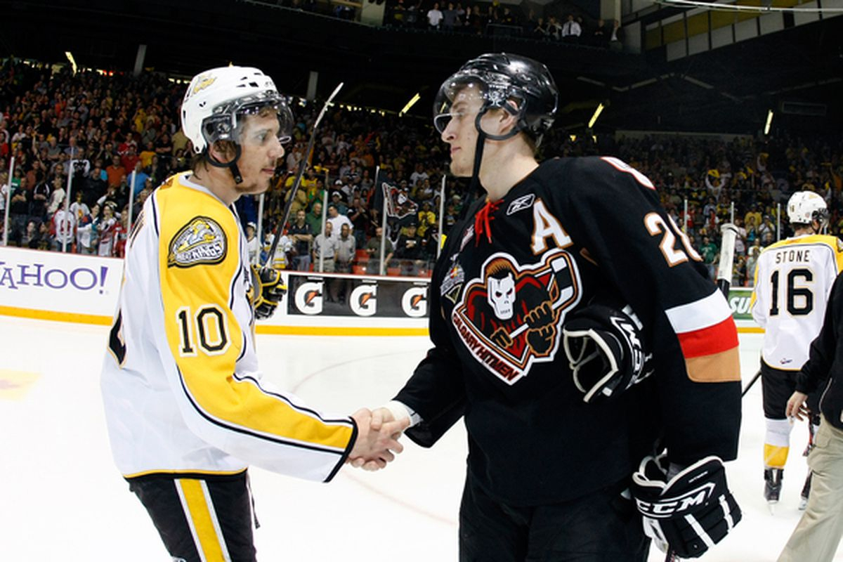 Schenn is the gopher-looking fellow on the left.  (Photo by Richard Wolowicz/Getty Images)