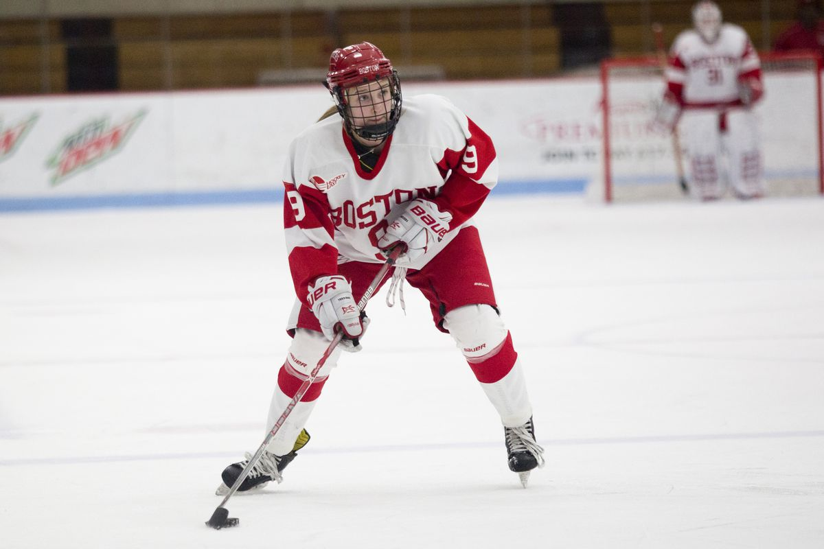 Boston University defenseman  Abby Cook during a game at Walter Brown Arena in Boston, MA on Dec. 10, 2016. (Photo by Michelle Jay)
