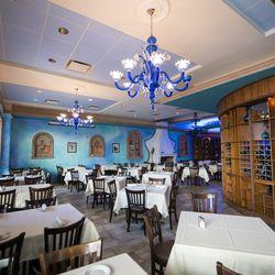 Athena Greek Restaurant in Greektown.   Tyler LaRiviere/Sun-Times