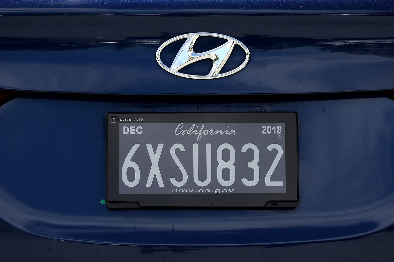 California Becomes First State To Test New Digital License Plates