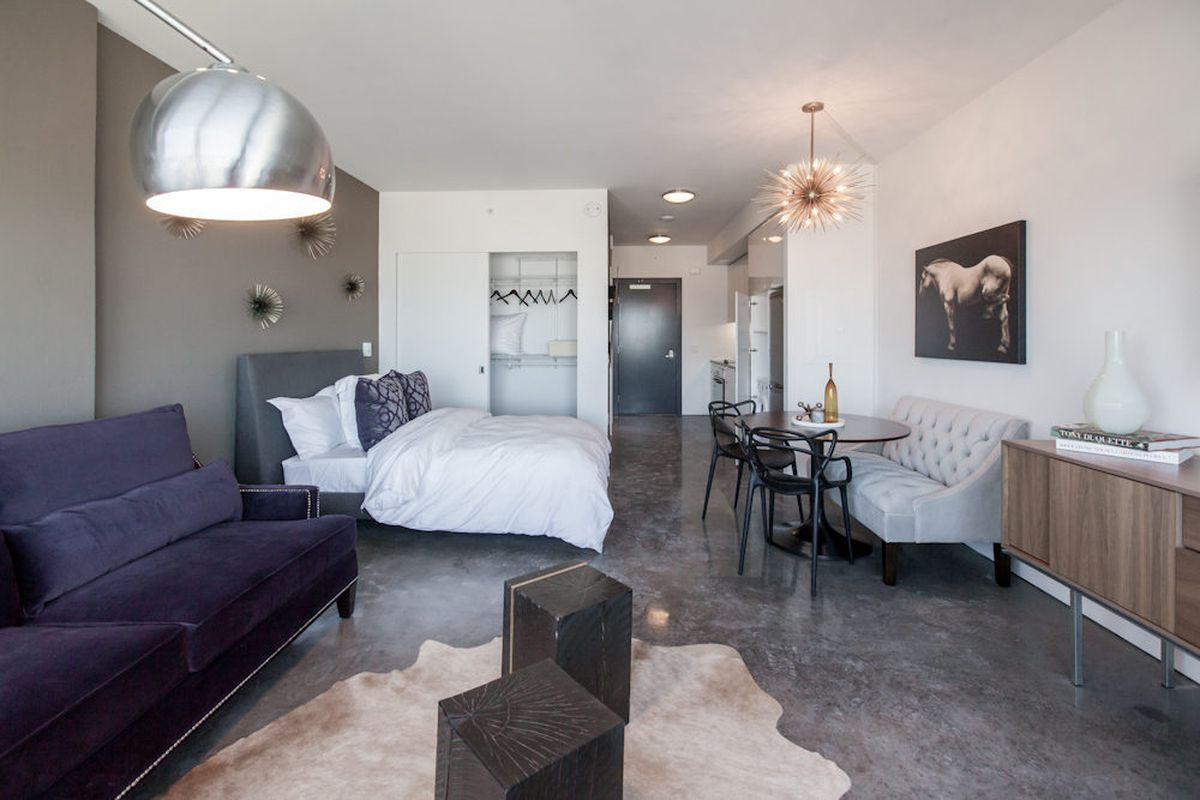 """Studio model unit, 16th floor <span class=""""credit"""">[Photo via <a href=""""http://www.patriciachangphotography.com/"""">Patricia Chang</a>]</span>"""