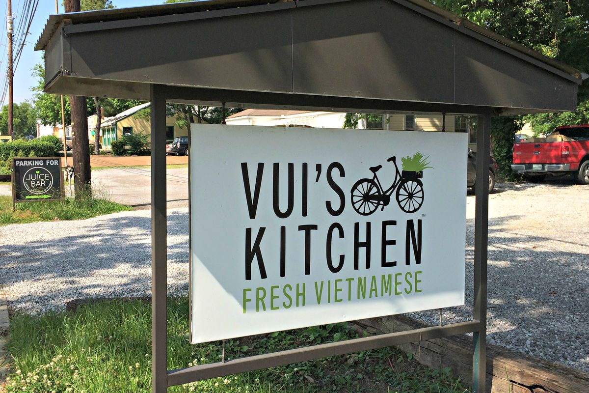 Vui 39 S Kitchen Will Be Serving Pho Banh Mis Bone Broth And More Starting May 26 Eater Nashville