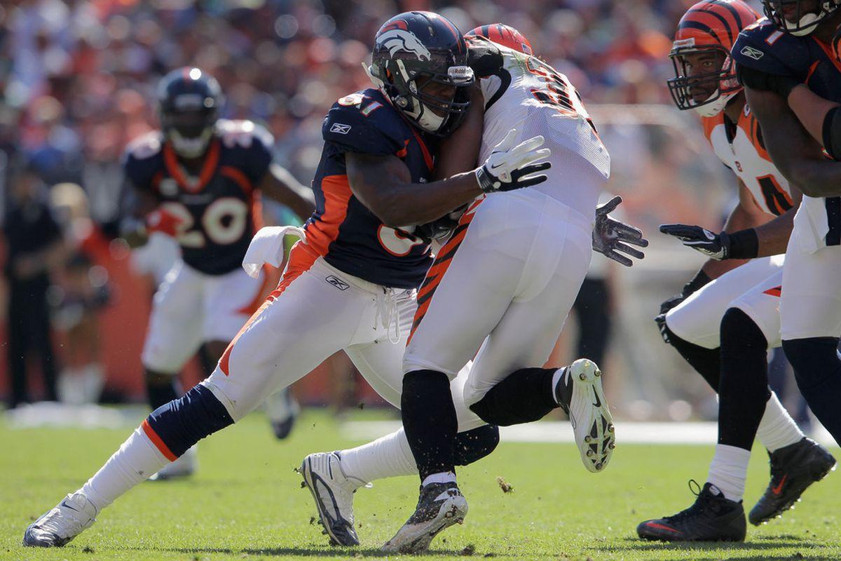 Joe Mays makes a tackle