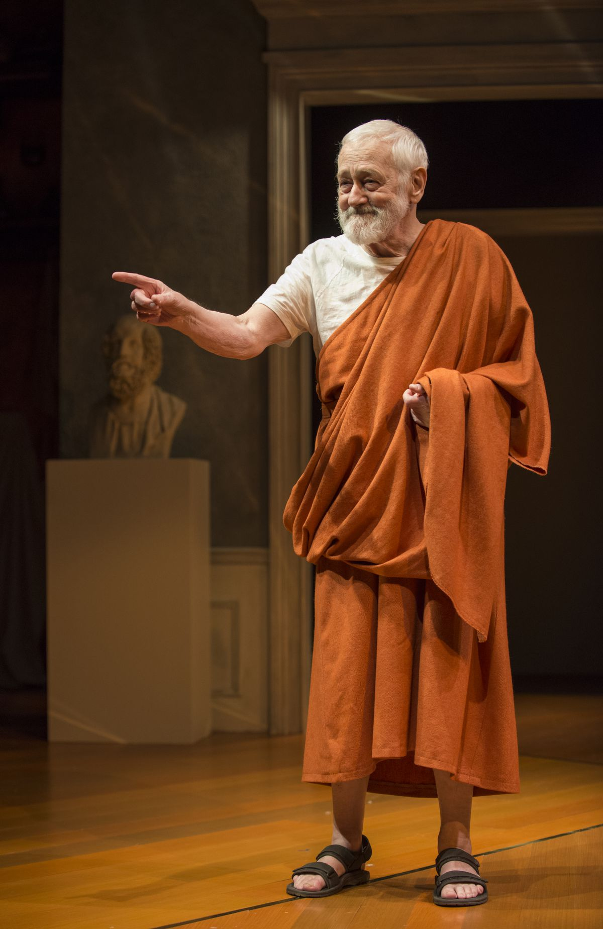 """John Mahoney as the ancient Greek poet Homer in Jessica Dickey's play,""""The Rembrandt,"""" at Steppenwolf Theatre.   MICHAEL BROSILOW"""