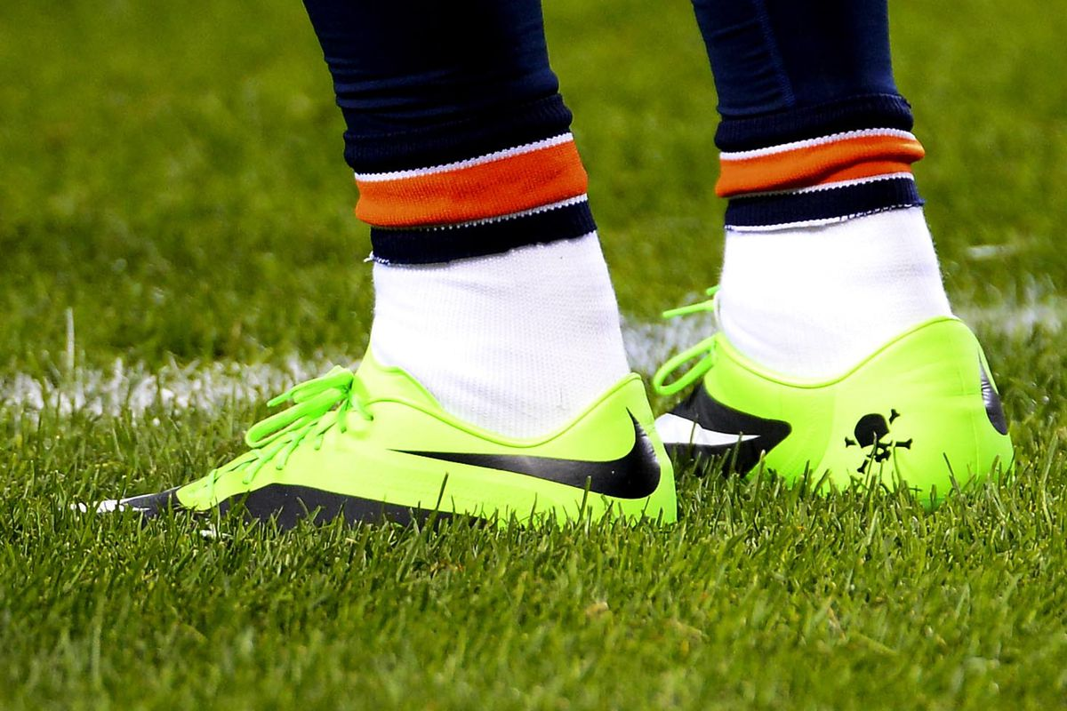 6cd77a4c9 NFL to fine Brandon Marshall for shoes highlighting Mental Health Awareness  Week
