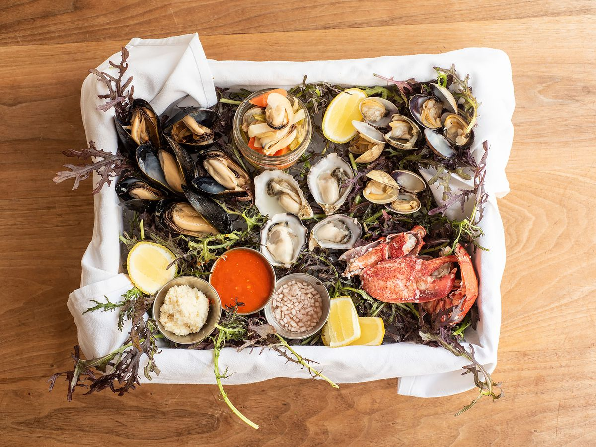 17 Best Seafood Restaurants To Try In Los Angeles Eater La