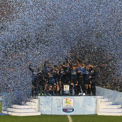 The players of the FC Internazionale celebrate a victory at the end of the the Primavera SuperCup match between FC Internazionale U19 and AS Roma U19 at Stadio Giuseppe Meazza on January 7, 2018 in Milan, Italy.