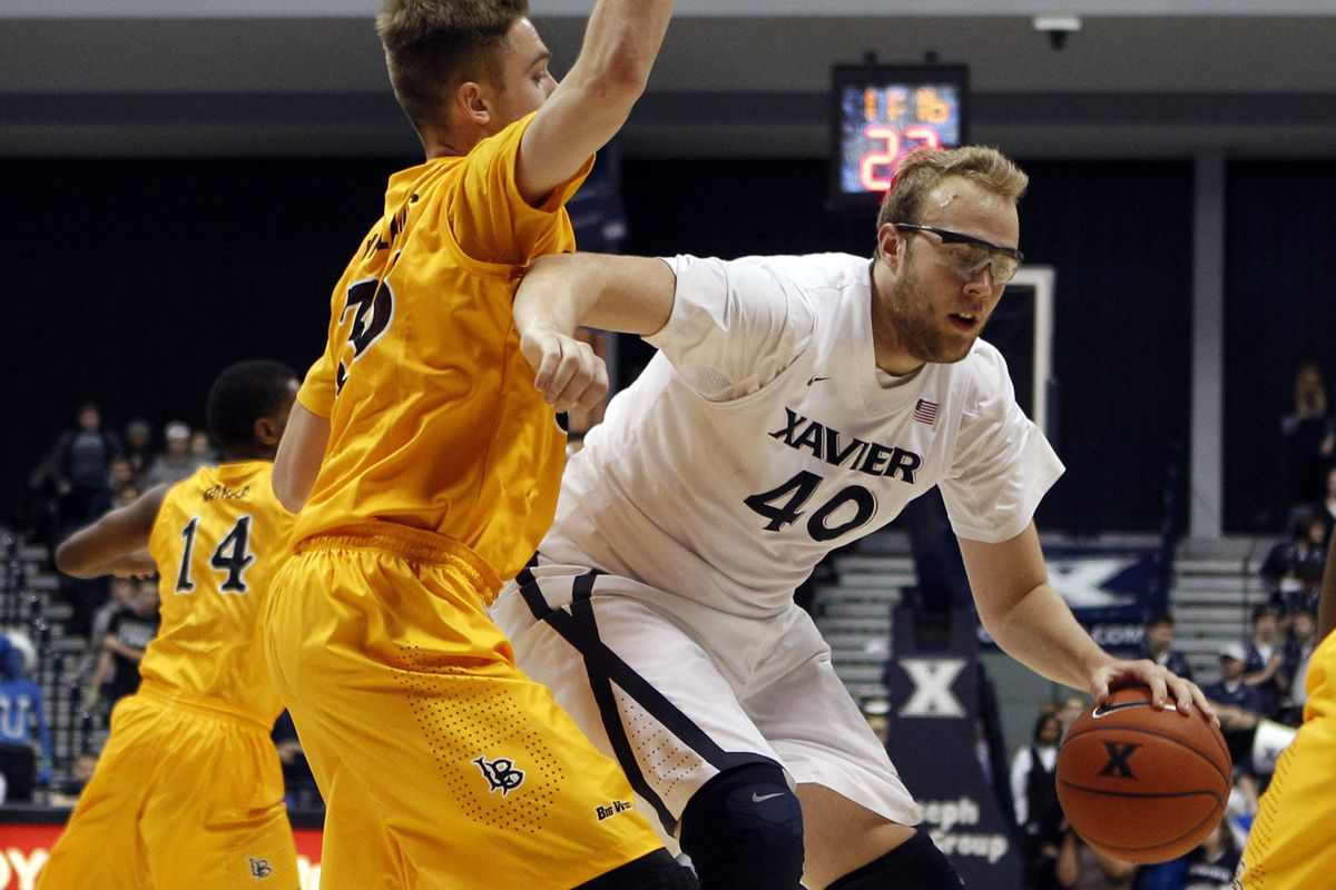 Stainbrook should be fed a lot in the post tonight.
