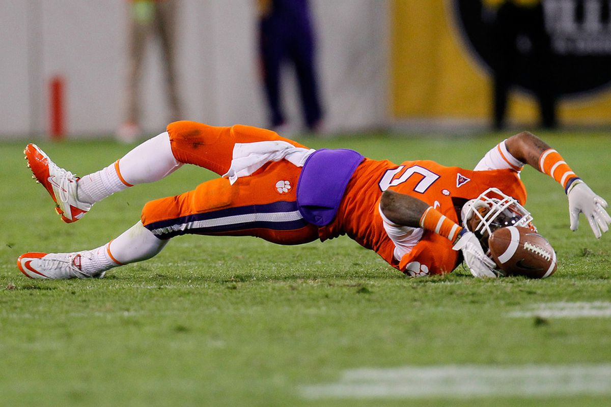 ATLANTA, GA - OCTOBER 29:  Mike Bellamy #5 of the Clemson Tigers fails to pull in this reception against the Georgia Tech Yellow Jackets at Bobby Dodd Stadium on October 29, 2011 in Atlanta, Georgia.  (Photo by Kevin C. Cox/Getty Images)