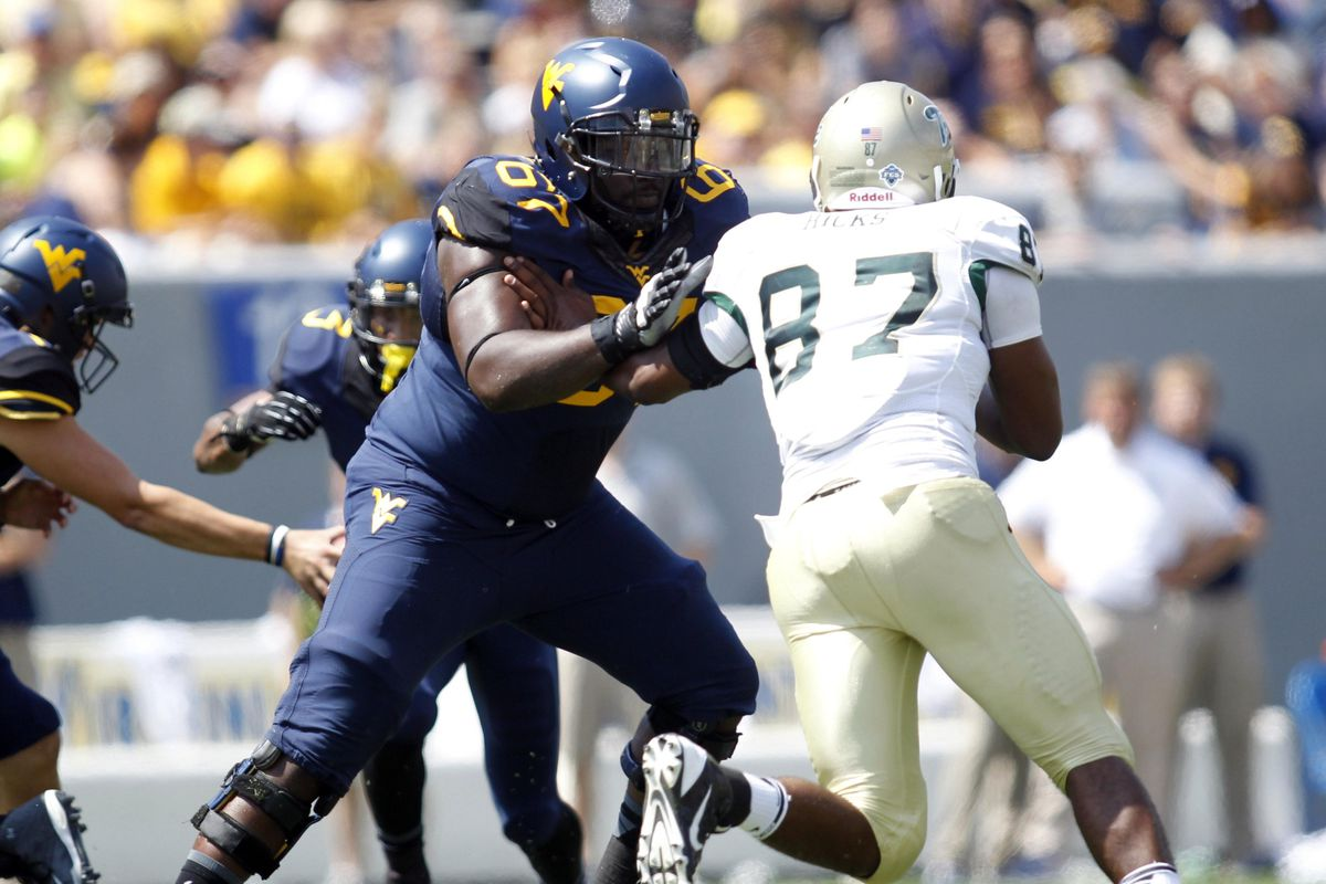 Offensive line looks to Quinton Spain's leadership.