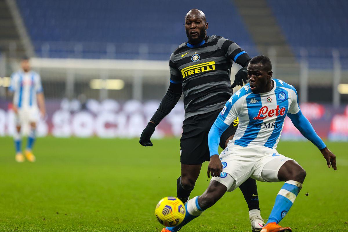 Romelu Lukaku of FC Internazionale and Kalidou Koulibaly of...