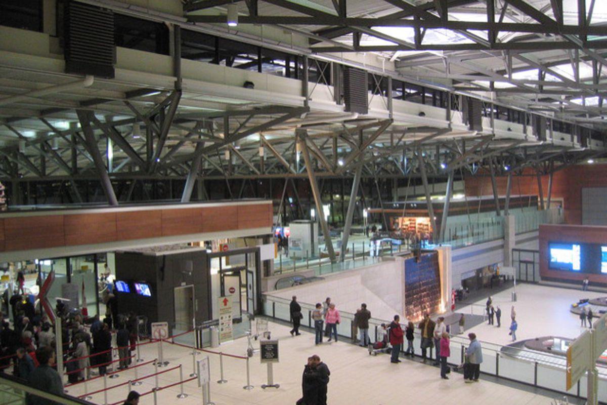 Ottawa Airport FLICKR