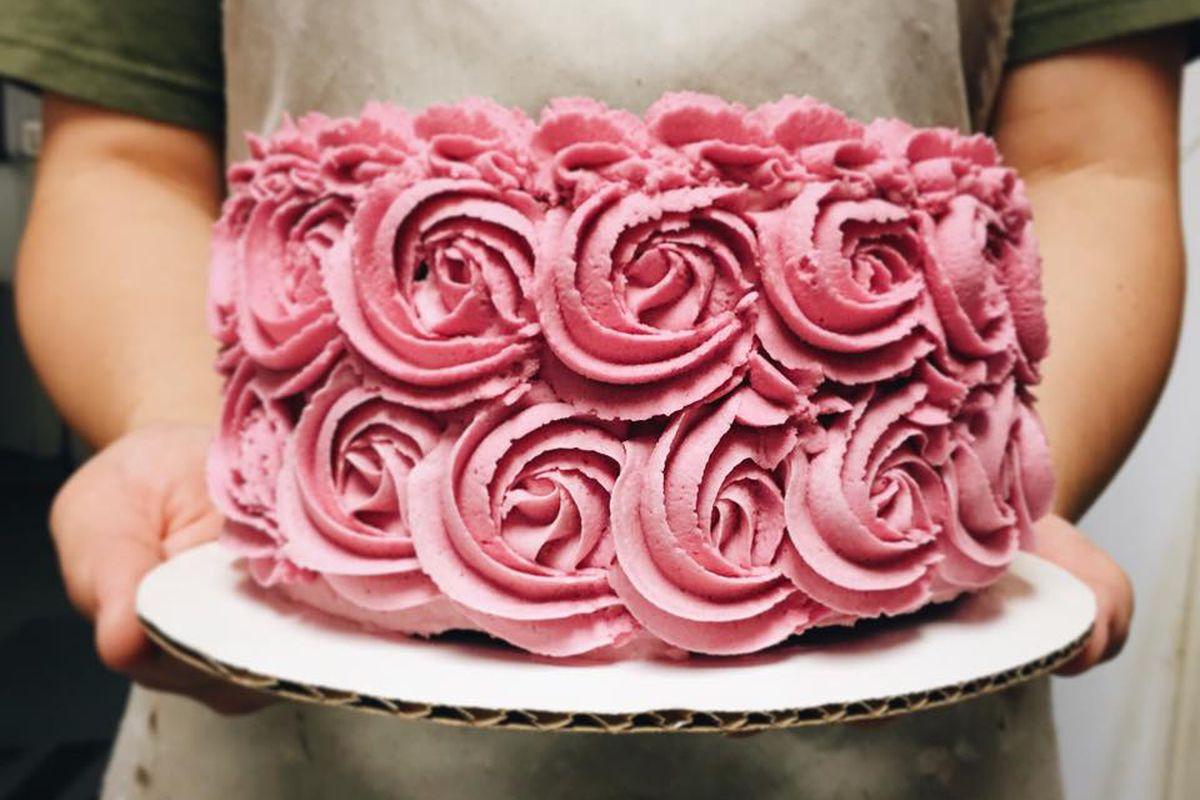 Skull & Cakebones' beet cake
