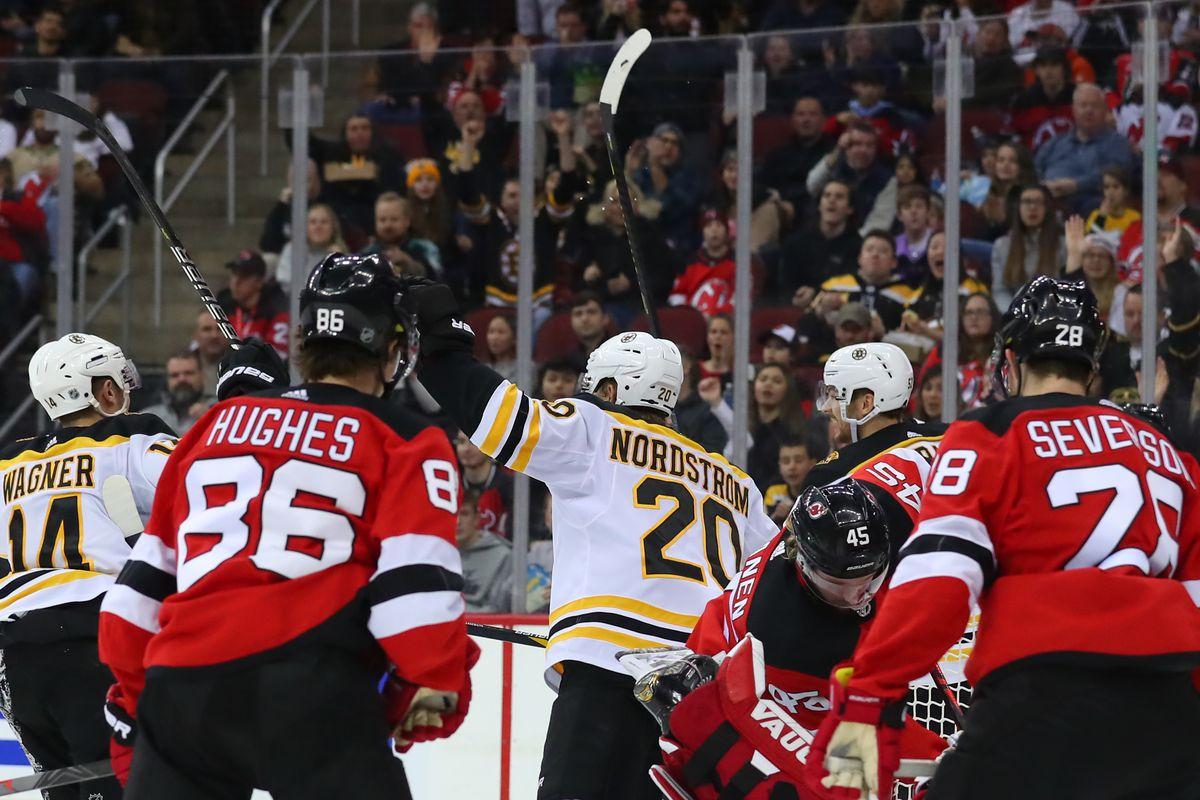 NHL: DEC 31 Bruins at Devils
