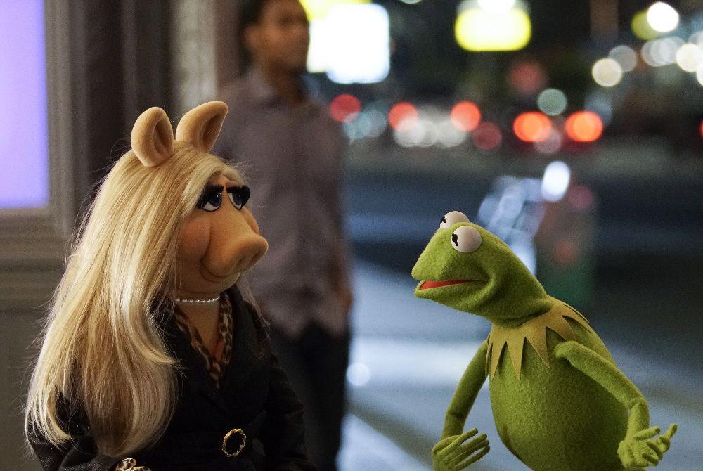 Piggy and Kermit broke up.