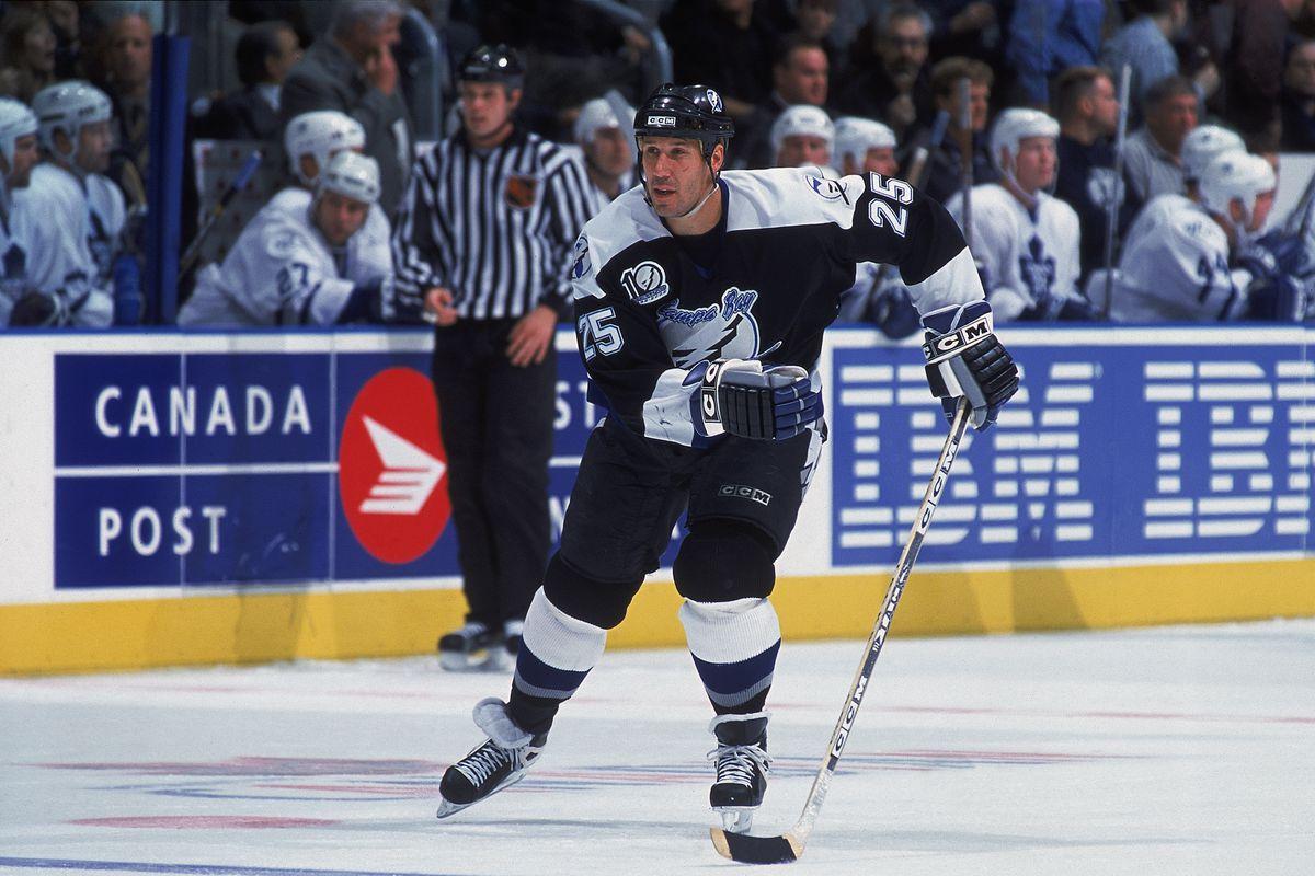 Dave Andreychuk skates towards the blue line