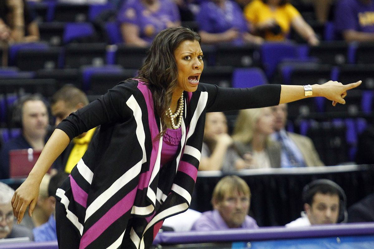 Nikki Caldwell's LSU Tigers face off with Penn State for the final ticket to Kingston. [Side note: Can you believe this lady had a baby two weeks ago? I can't!] (Credit: Crystal Logiudice-US PRESSWIRE)