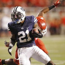 Brigham Young Cougars running back Jamaal Williams (21) score on Utah  in Salt Lake City  Sunday, Sept. 16, 2012.