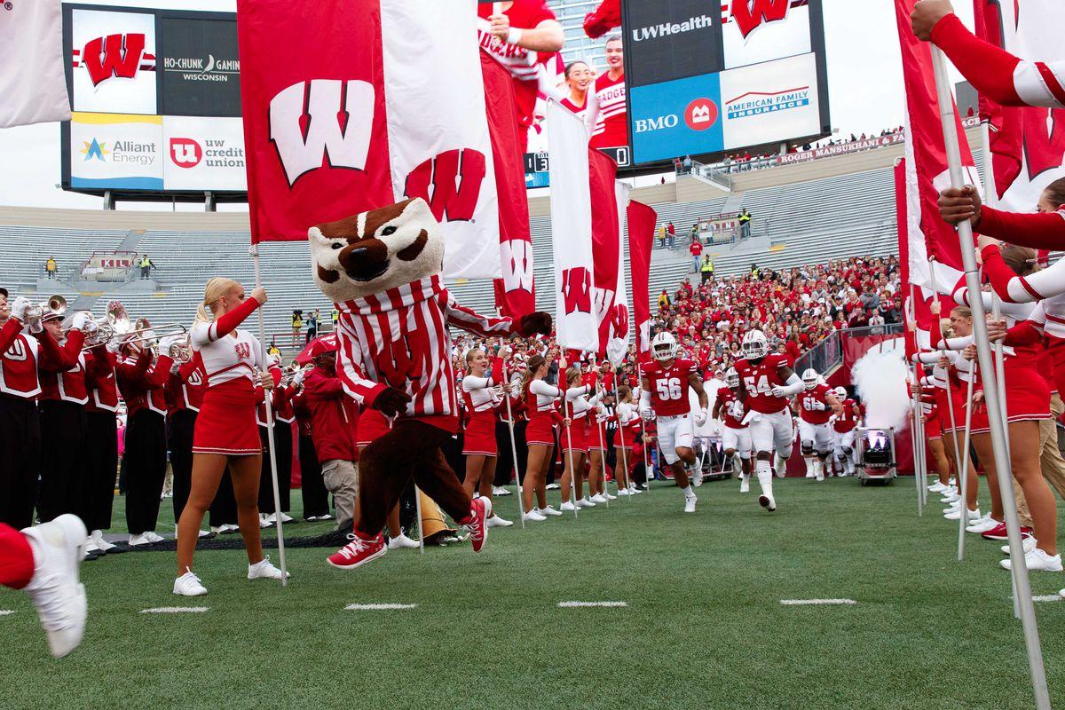 NCAA Football: Kent State at Wisconsin