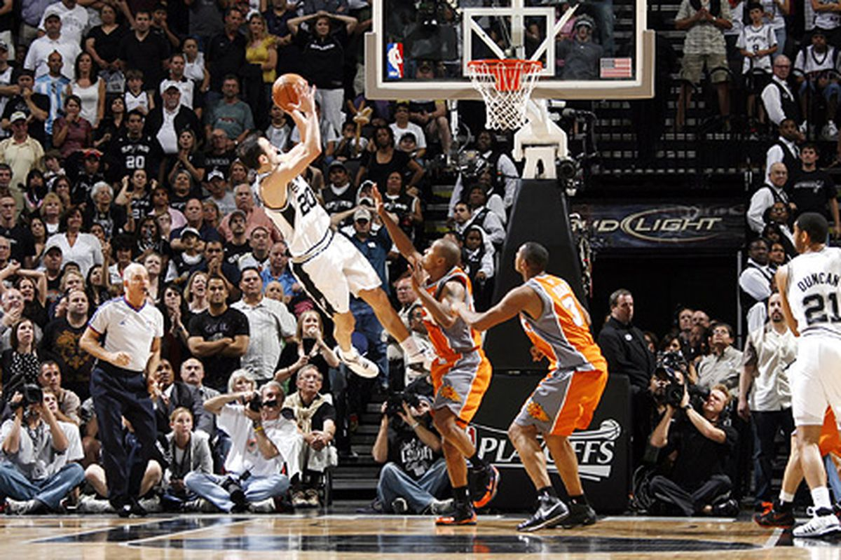 The Spurs greatest playoff plays: Elite 8 - Pounding The Rock