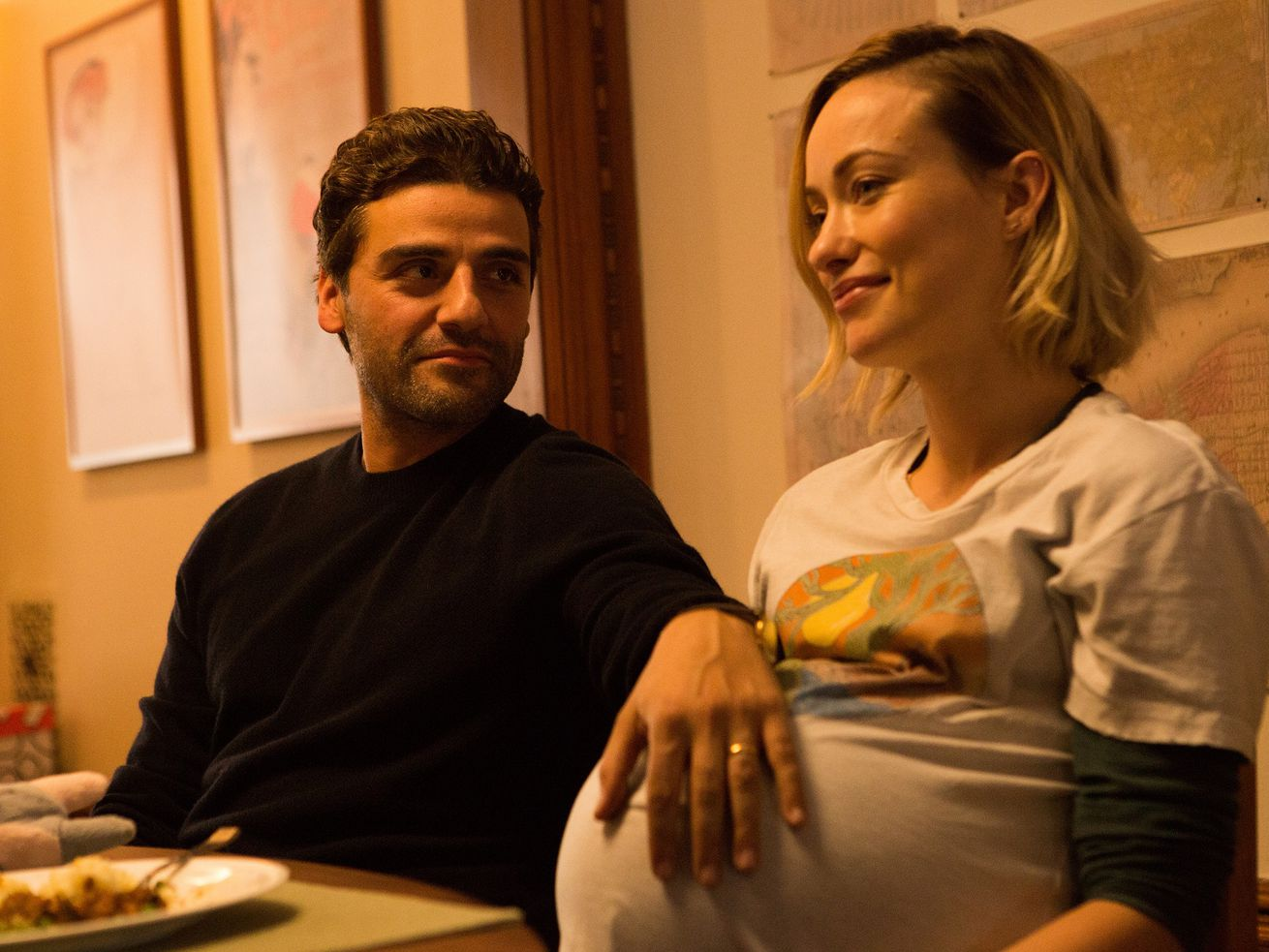 This movie stars Oscar Isaac and Olivia Wilde, a fact I don't believe I disclose anywhere in this review, except for right now.