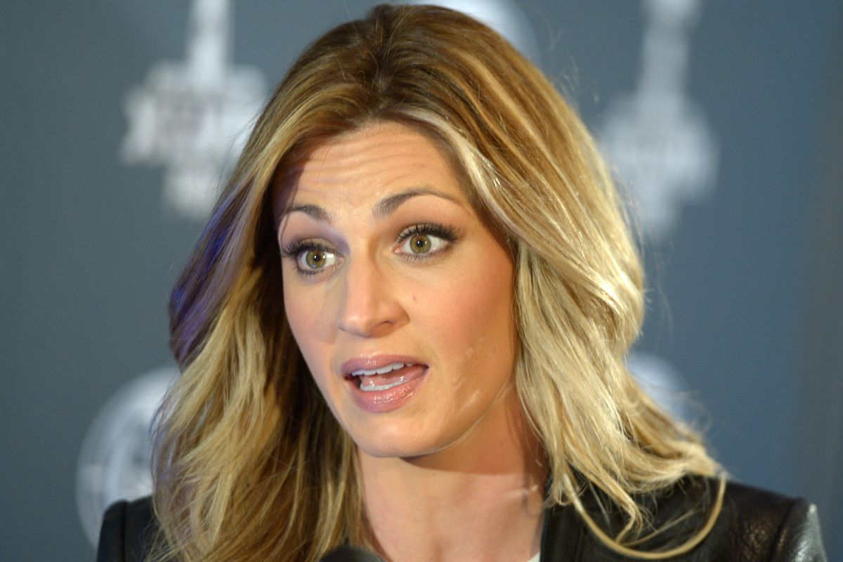 Yes, you can bet on whether Erin Andrews (above) or Pam Oliver will be the first sideline reporter shown after kickoff on Sunday