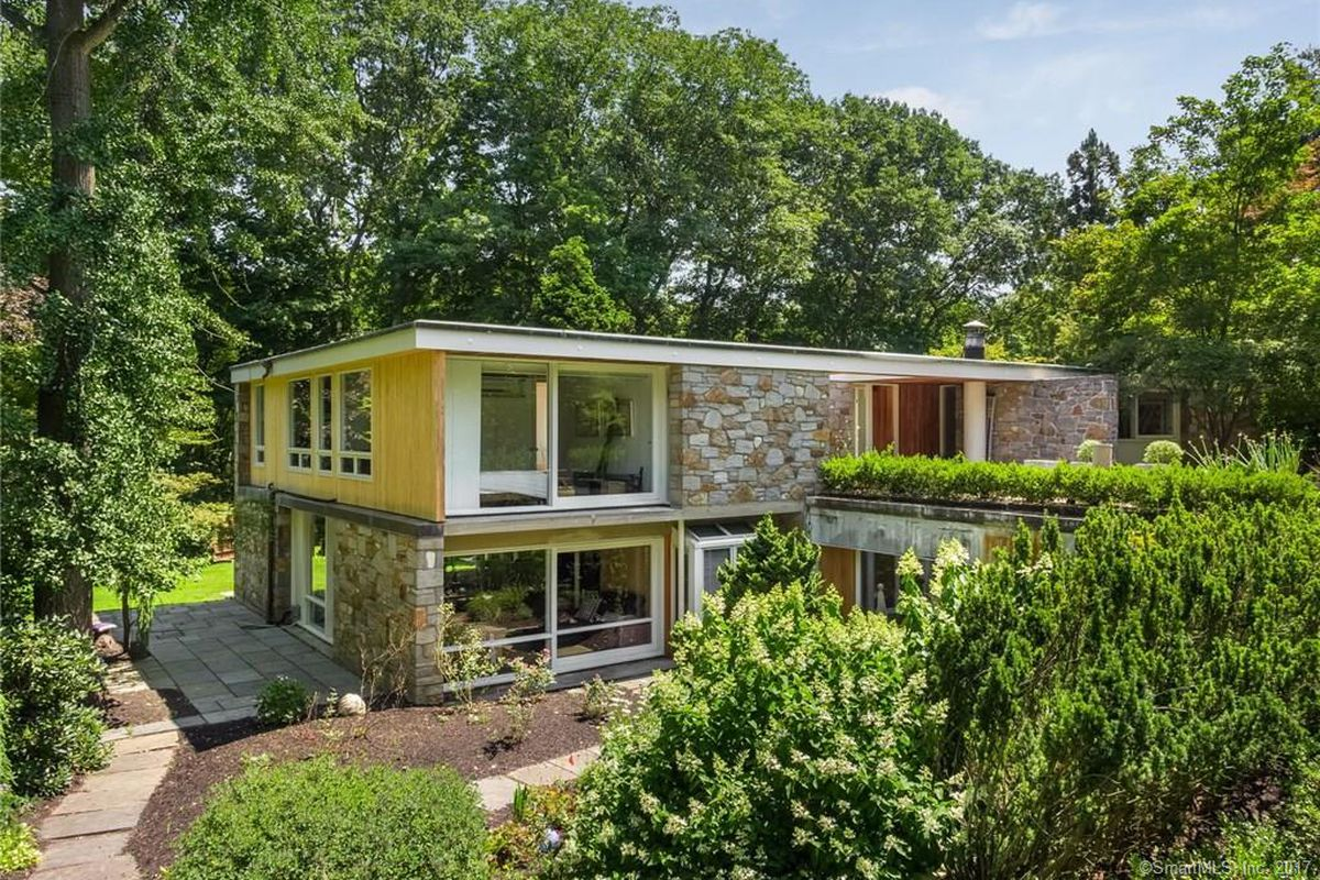 Marcel Breuer house in Connecticut