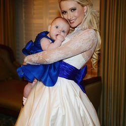 Rainbow Aurora and mom Holly Madison.