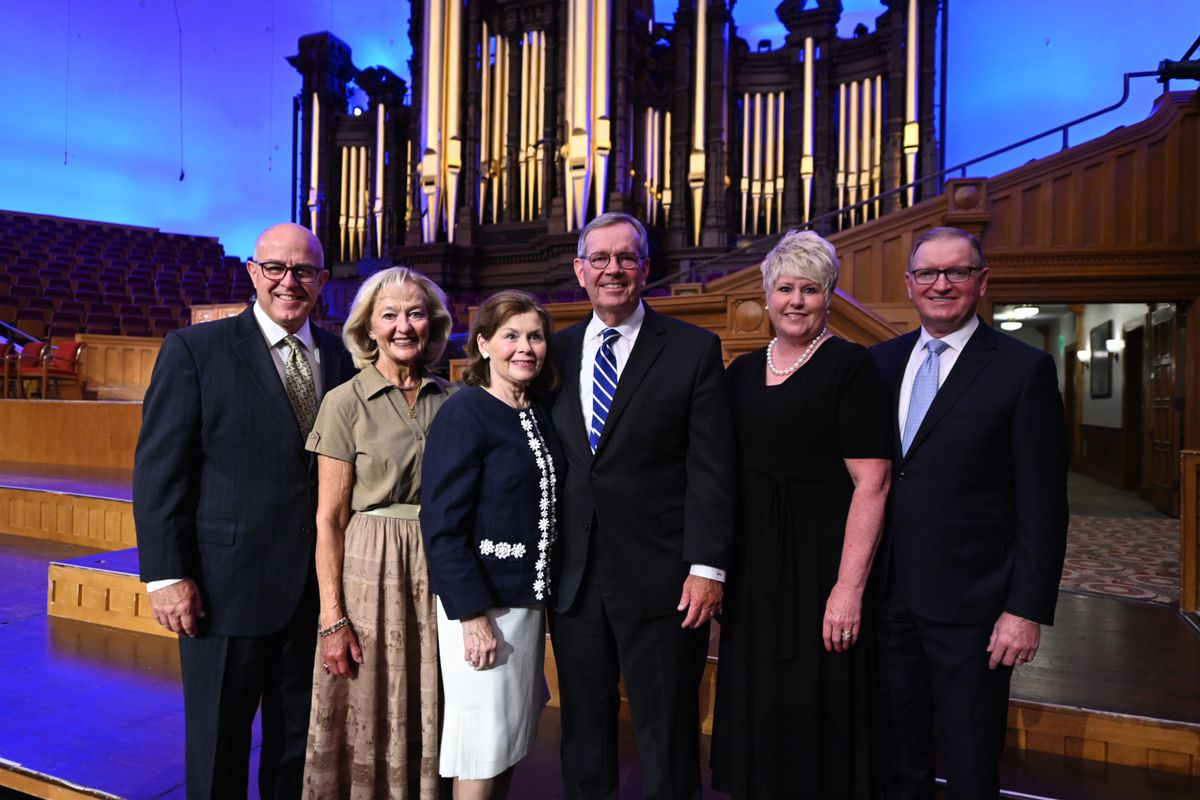 The new presidency of The Tabernacle Choir and their spouses.