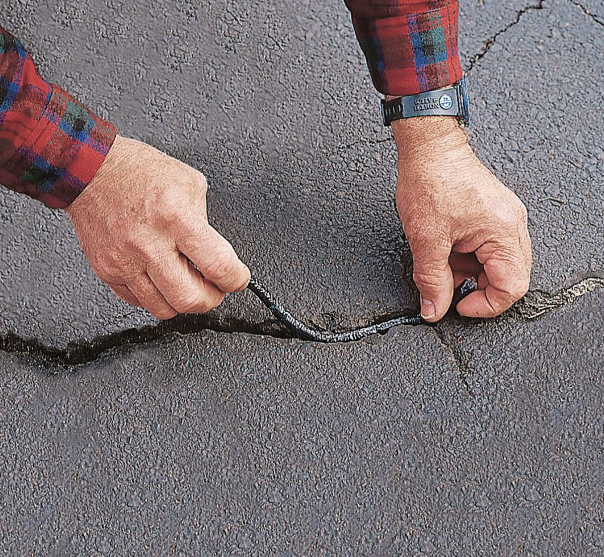 Fall 2021 Landscaping, Fall checklist, driveway cracks