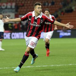AC Milan forward Stephan El Shaarawy celebrates after scoring during the Serie A soccer match between AC Milan and Cagliari at the San Siro stadium in Milan, Italy, Wednesday, Sept. 26, 2012.