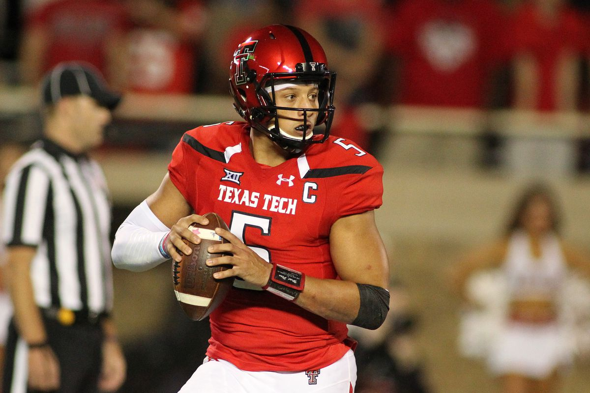 Sam S Film Room Patrick Mahomes Has Awful Mechanics But A