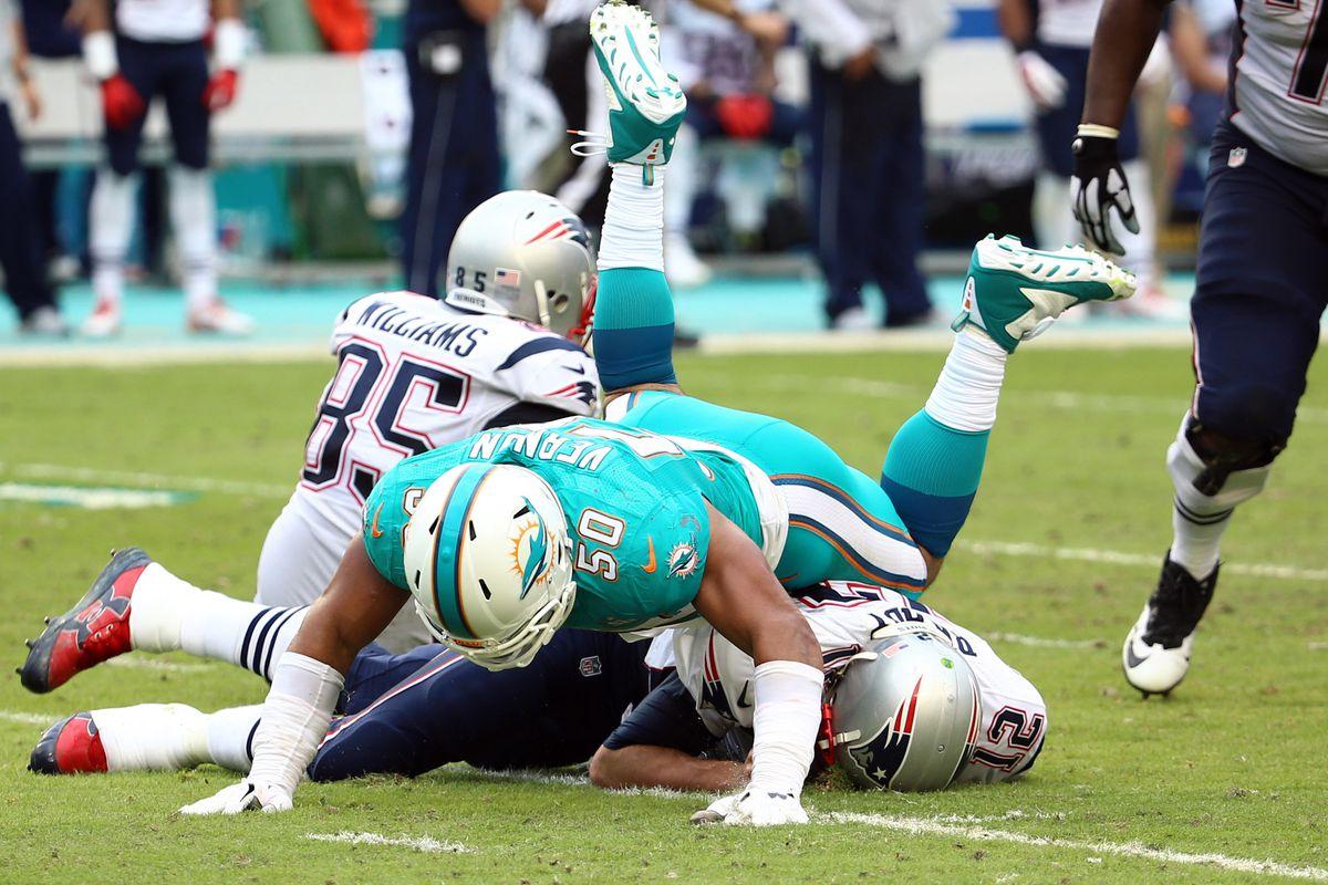 A defensive end familiar with flattening tom Brady? Hmmm ...