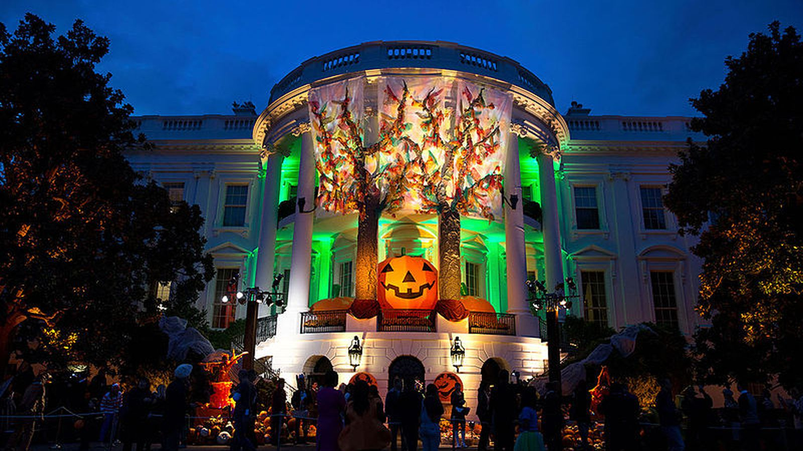 Best Halloween Decorated Houses In Los Angeles