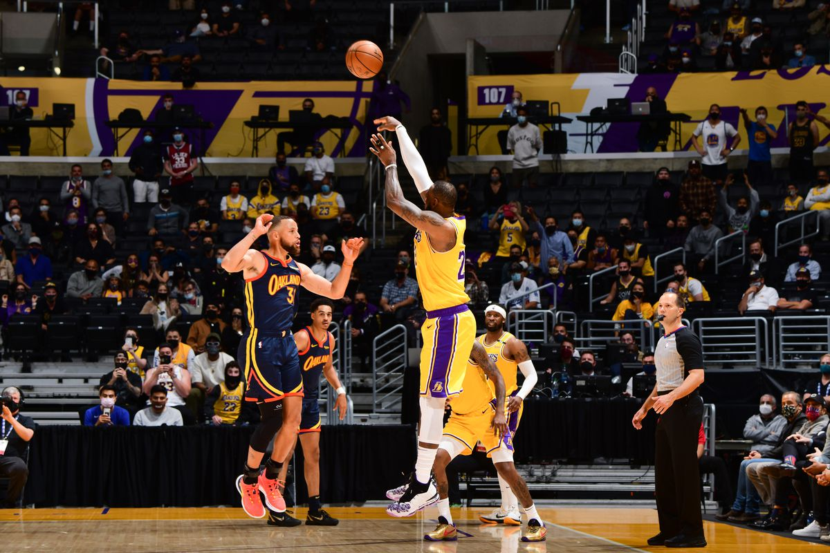 Play-In Tournament - Golden State Warriors v Los Angeles Lakers