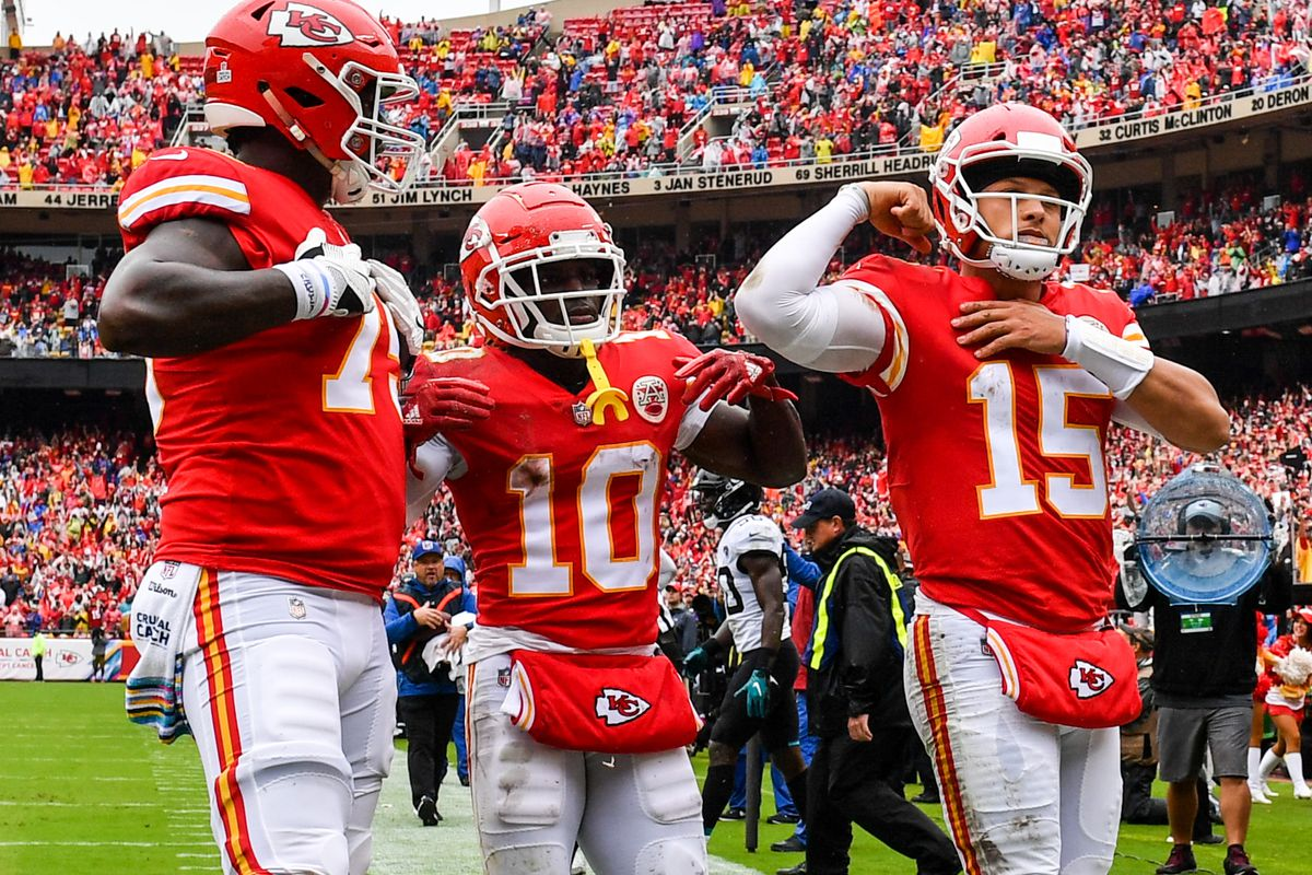 Browns vs  Chiefs: NFL Week 9 Preview and Prediction - Dawgs