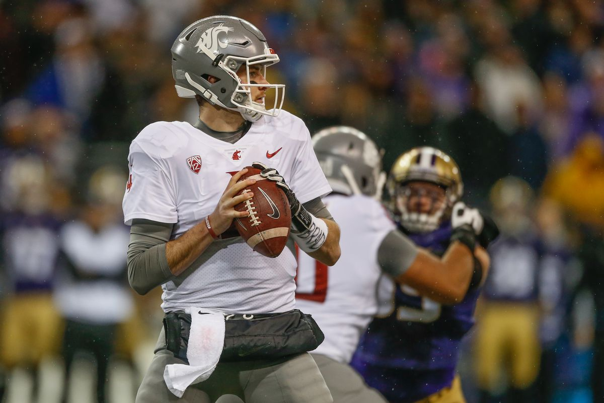 new product 7fc51 0c873 Dolphins showing interest in former Washington State QB Luke ...