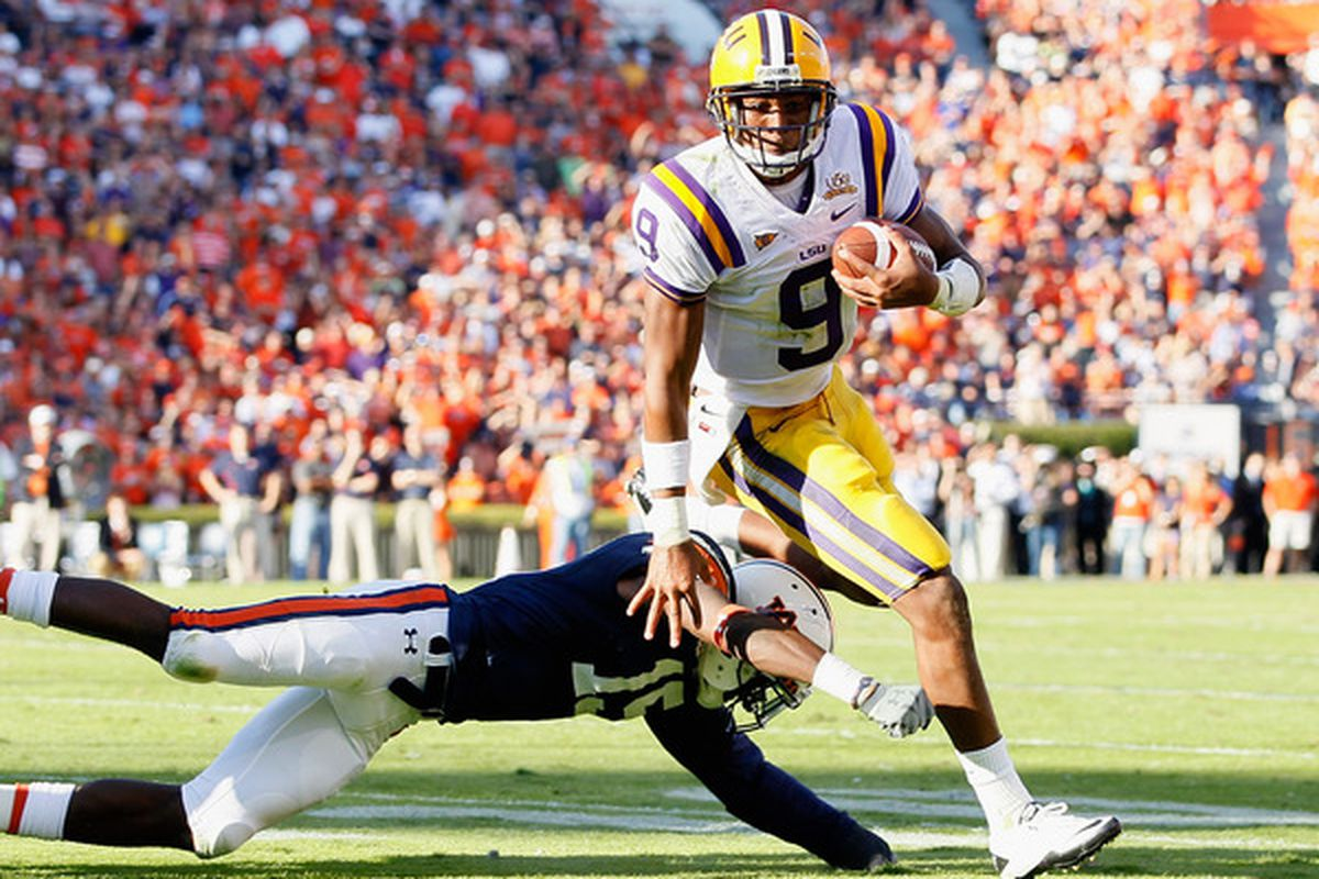 LSU's starting QB Jordan Jefferson has been implicated in a bar fight. Will he play on September 3rd?