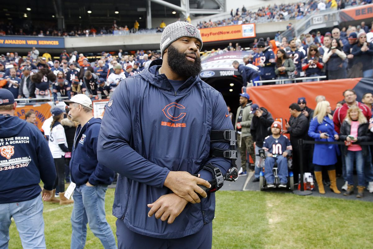 Bears defensive lineman Akiem Hicks watched Sunday's game from the sideline.