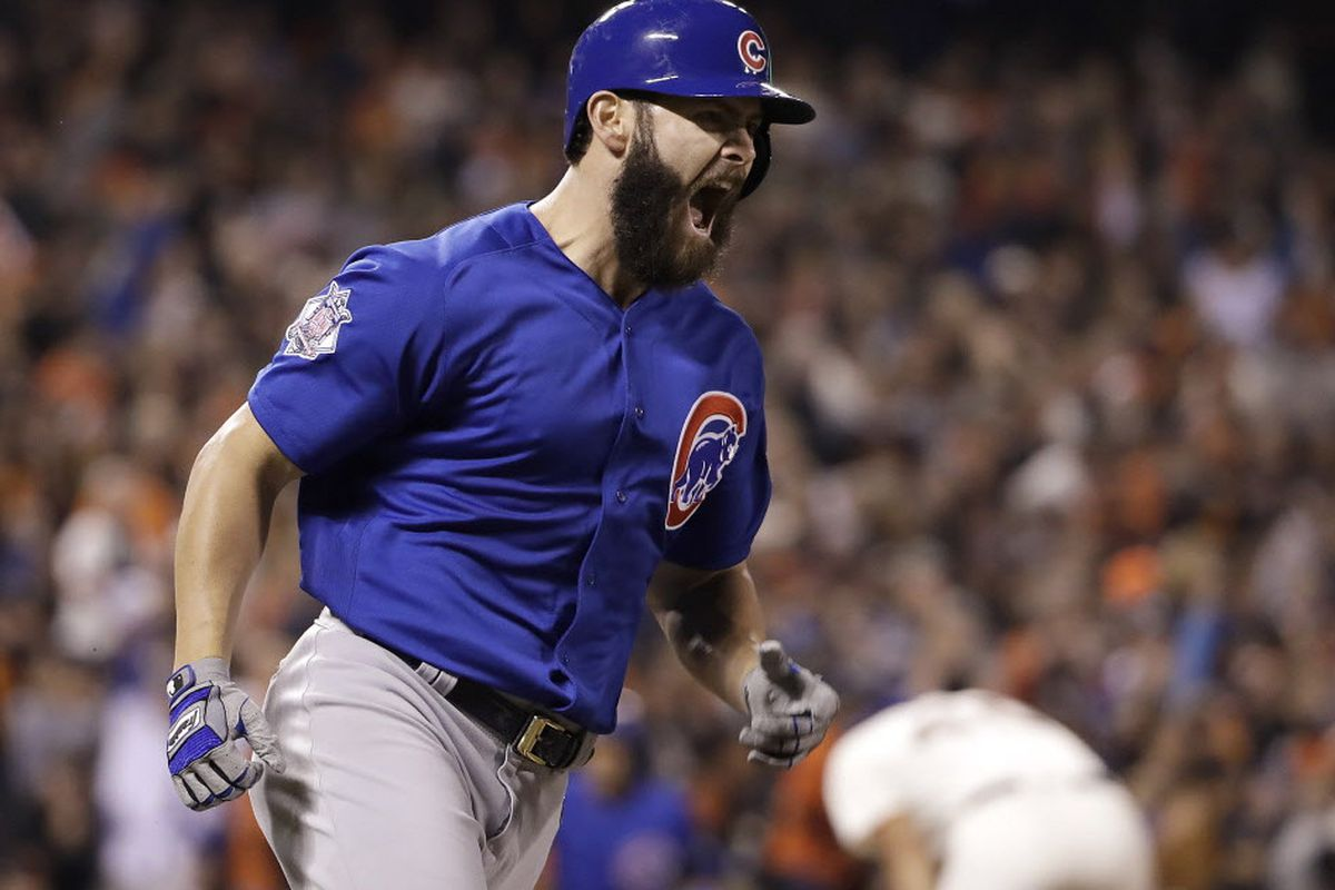On a night of sounds, a tough 13-inning loss for the Cubs