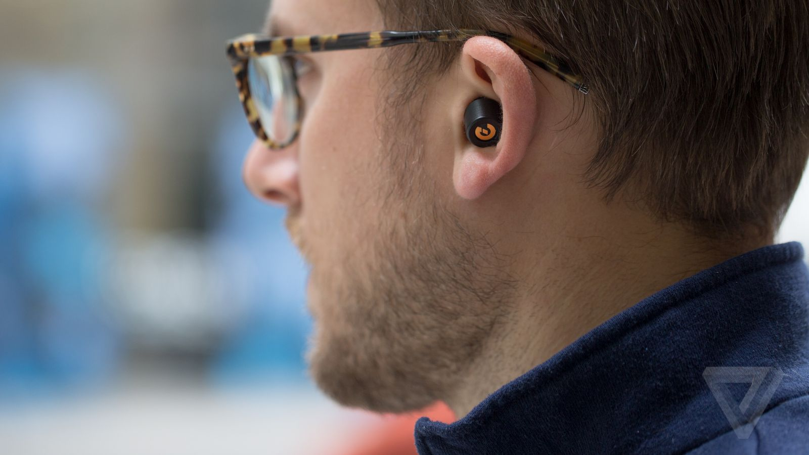 Earin wireless earbuds review   The Verge
