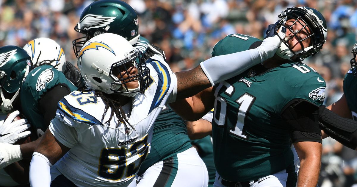 Los Angeles Chargers Dl Darius Philon Is Better Than You