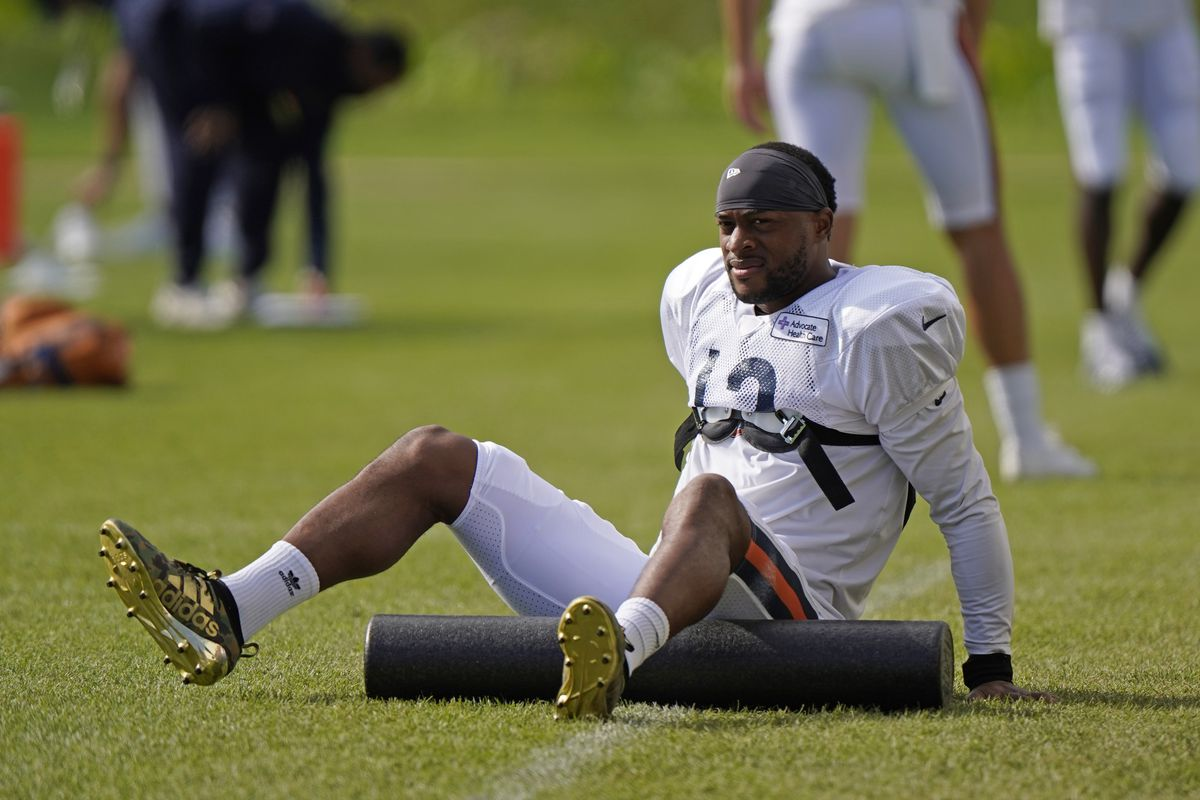 Despite the lack of a contract extension, wide receiver Allen Robinson plans to be at Halas Hall for mandatory Bears minicamp this week.