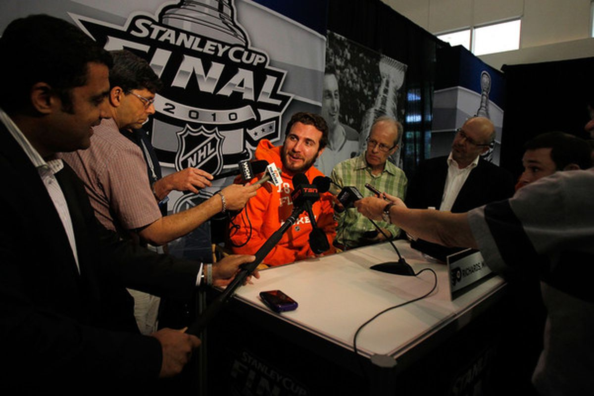 CHICAGO - MAY 27: Mike Richards of the Philadelphia Flyers answers reporters questions during Stanley Cup media day at the United Center on May 27, 2010 in Chicago, Illinois. (Photo by Jonathan Daniel/Getty Images)