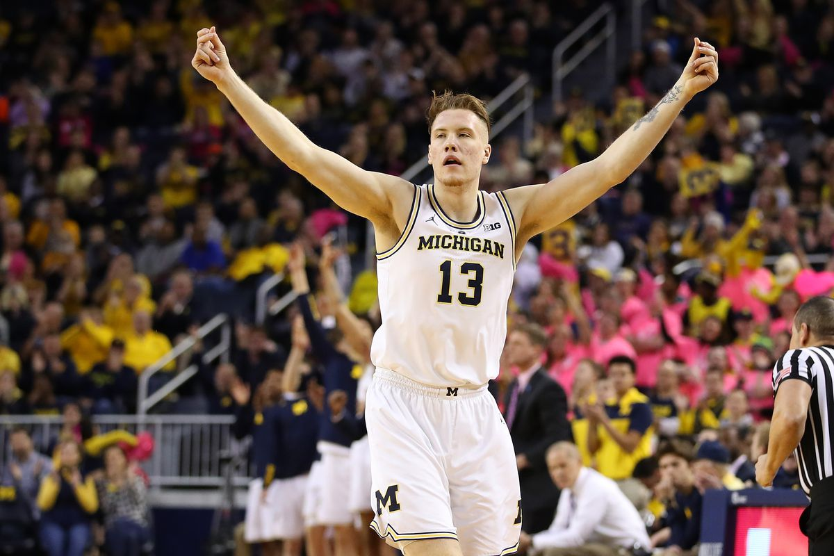 Michigan down to No. 7 in AP Poll, set for top-10 home tilt with MSU