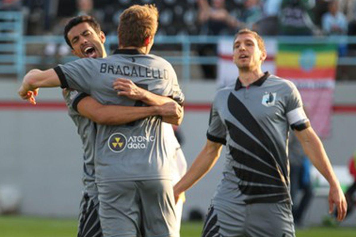 Simone Bracalello celebrates his penalty kick goal