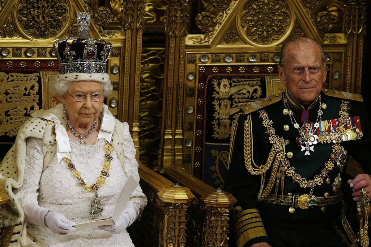 Thoughts On Monarchy And Queen Who >> Long Live Queen Elizabeth Why Monarchies Are Better Than Republics