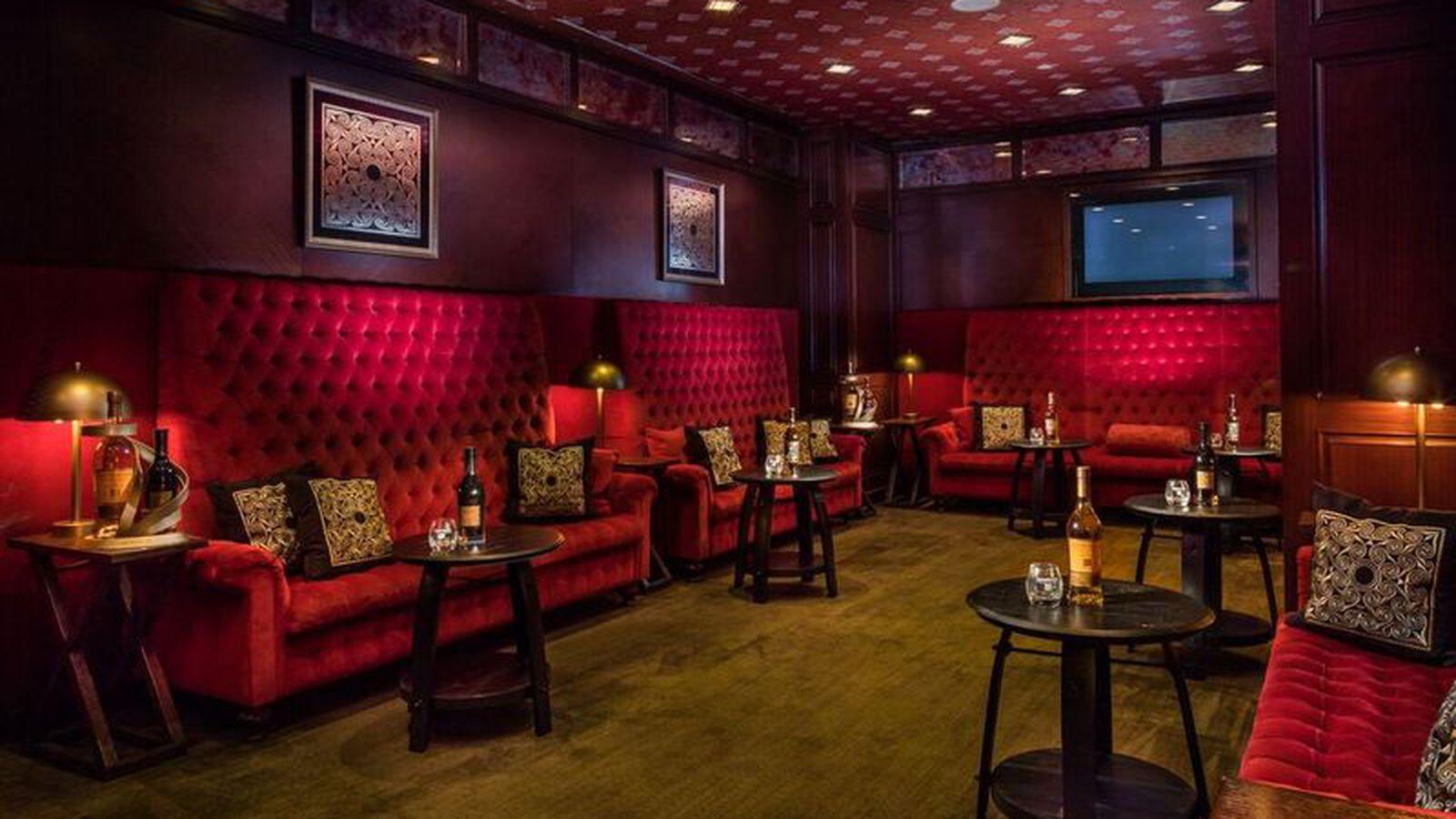 Intercontinental Hotel Boston Opens High End Scotch Lounge