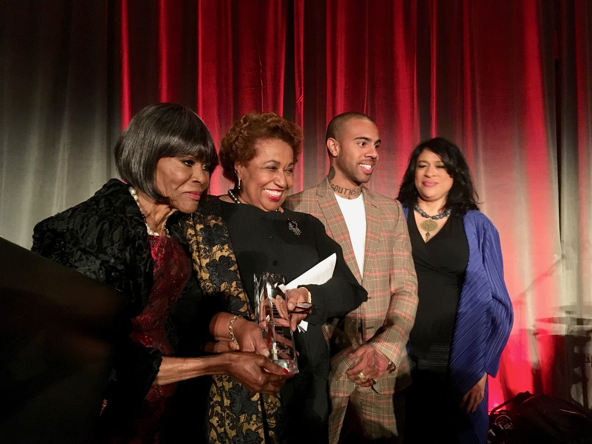 Cicely Tyson was honored along with Chicago artist Vic Mensa at the DuSable Museum of African American History's Annual Night of 100 Stars gala on Oct. 12, 2018 at the Marriott Marquis. (L-R Tyson, Braun, Mensa and DuSable's President/CEO, Perri Irmer.